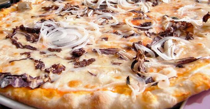 Pizzas caseras, más sanas y menos calóricas