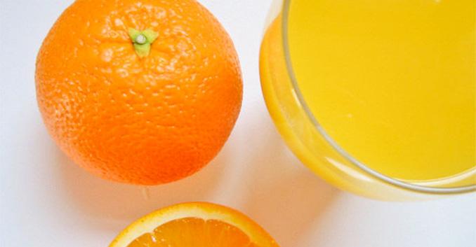 CONSUMER EROSKI analiza 7 zumos de naranja envasados