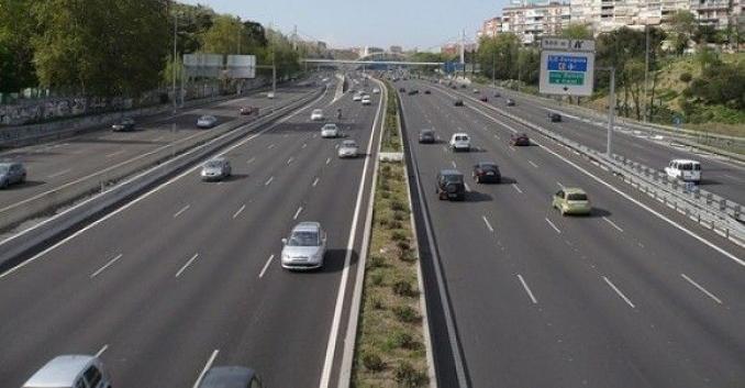 Analizados 16 tramos de autopista y 32 areas de peaje