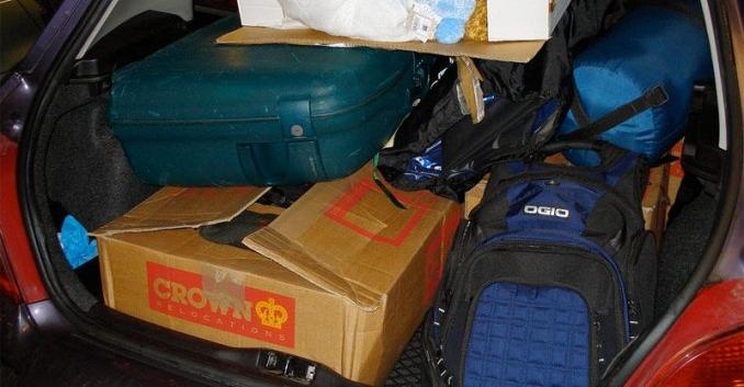 Cómo organizar el equipaje en el coche