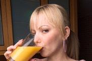 7 zumos de naranja envasados