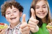 Durante a infancia, cométense erros alimentarios que se agravan na adolescencia