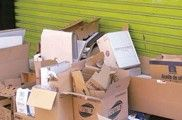 Residuos en el suelo y mobiliario urbano sucio en una de cada cuatro calles analizadas