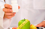 La mitad de los centros analizados recomiendan un tratamiento dietético basado únicamente en productos estrella