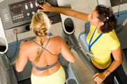 La atención al cliente y el asesoramiento médico-deportivo continúan siendo deficientes