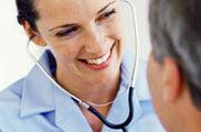 Usuarios satisfechos con la atención médica pero descontentos con las esperas
