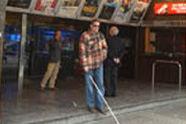Cines, museos y piscinas marginan a los discapacitados