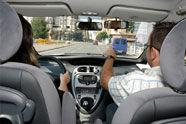 El mismo permiso de conducir puede costar cinco veces más según la autoescuela
