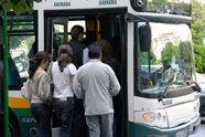 Puntualidad e información, principales deficiencias de los buses urbanos